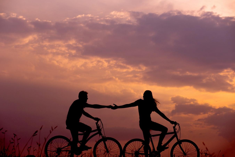 couple à vélo